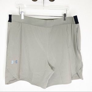 NWT Mens Under Armour Mesh Fitted Shorts